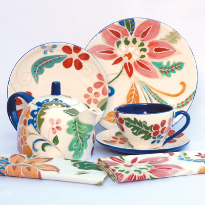 Mayco Bisque FP Dinnerware Set